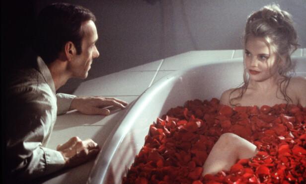 KJENT FILM: Kevin Spacey og Mena Suvari var å se i «American Beauty» fra 1999. Foto: NTB Scanpix