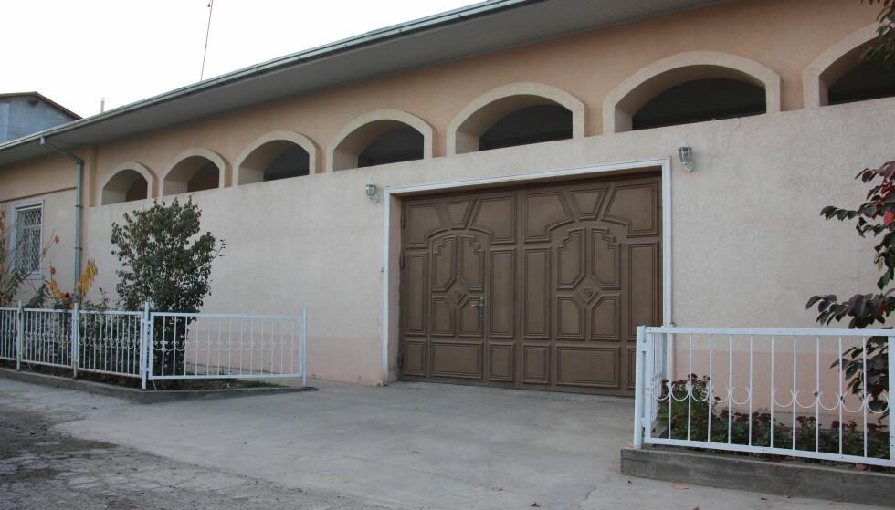 ET MØBLERT HJEM: Huset til familien Saipov i utkanten av Tasjkent. Her kom terroristen fra. Foto REUTERS / NTB Scanpix