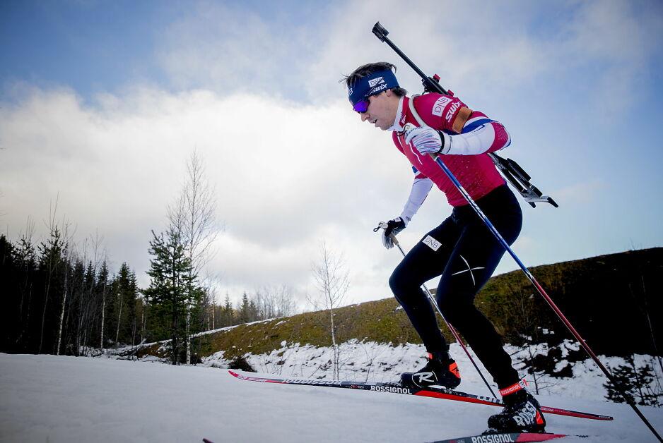 NÅ GÅR DET OPPOVER: Emil Hegle Svendsen hadde en tung sesongoppkjøring i fjor. Nå ser alt bedre ut. Før OL er han et av Norges heteste navn. Foto: Bjørn Langsem