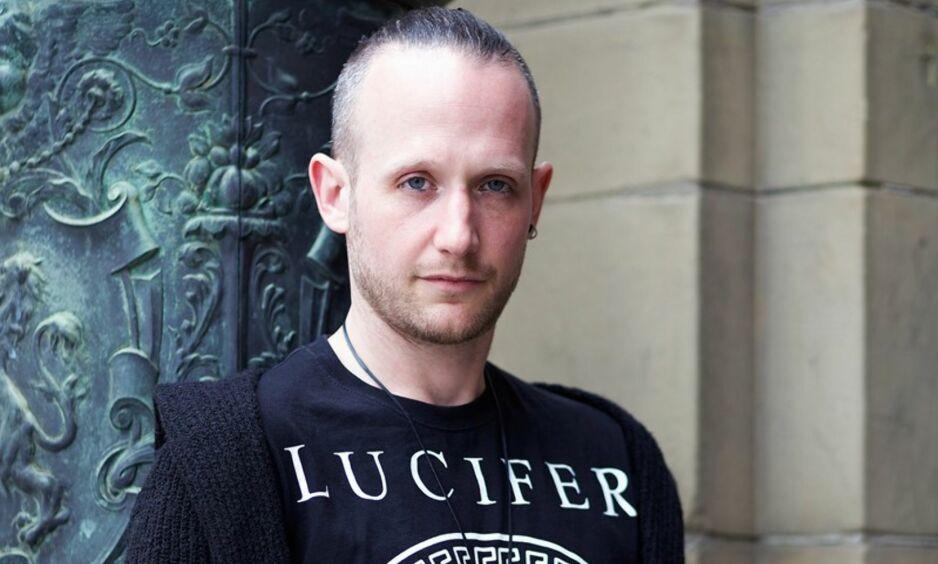 DEBUTANT: Britiske Matt Wesolowski debuterte med «Seks historier». Foto: FONT / Donna Lisa Healy