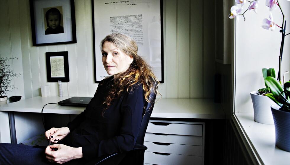 STERK VISJON: Merethe Lindstrøm debuterte med «Sexorcisten og andre fortellinger» i 1983. «Nord» er hennes niende roman. Hun har også utgitt sju novellesamlinger. For romanen «Dager i stillhetens historie» fikk hun Nordisk råds litteraturpris i 2011. Foto: Nina Hansen