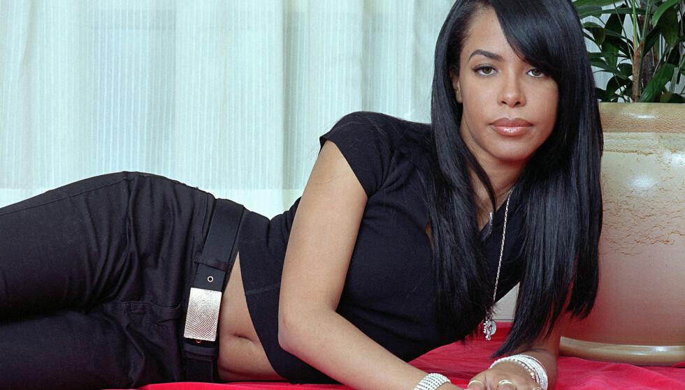 BLE HYLLET: Aaliyah var bare 22 år gammel da hun omkom i en flystyrt på vei fra Bahamas til USA i august 2001. Foto: Jim Cooper/ AP/ NTB scanpix