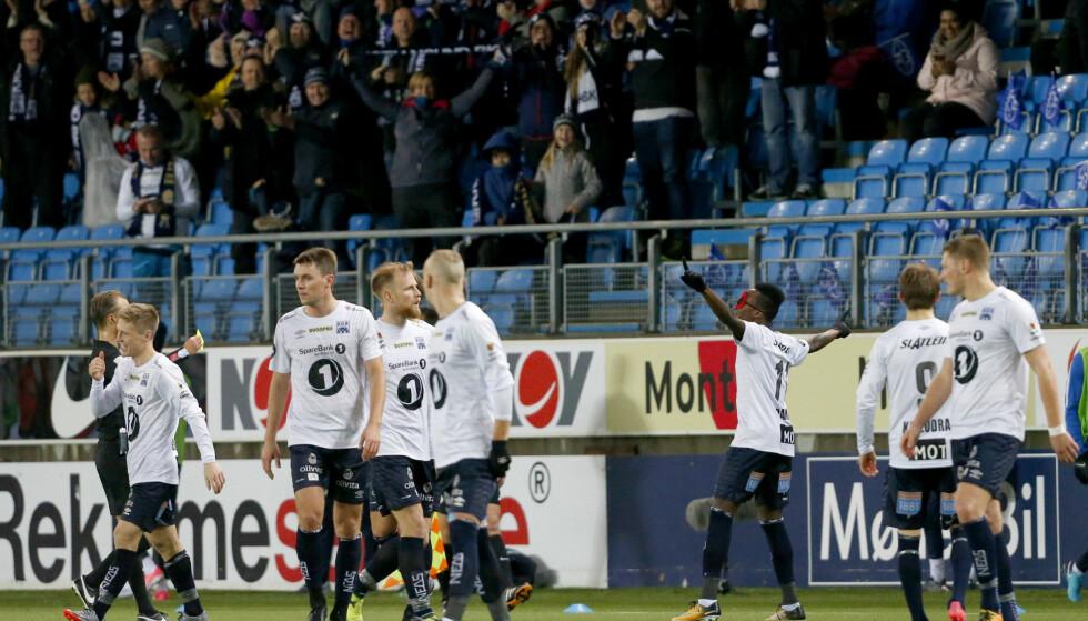 HJALP SEG SELV OG RBK: Rosenborg er seriemestere etter at Kristiansund slo storebror Molde i derbyet på Aker Stadion. Foto: Svein Ove Ekornesvåg / NTB scanpix