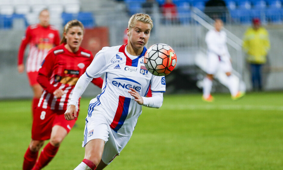 I STORFORM: Ada Hegerberg fortsetter å imponere for klubblaget Lyon. Foto: Jan Kåre Ness / NTB scanpix