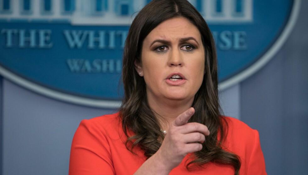 FOKUS PÅ UTSEENDE: En politisk spaltist i LA Times kommenterte utseende til Sarah Sanders, pressesekretær i Det hvite hus. Nå beklager han. Foto: AFP PHOTO / NICHOLAS KAMM / NTB scanpix