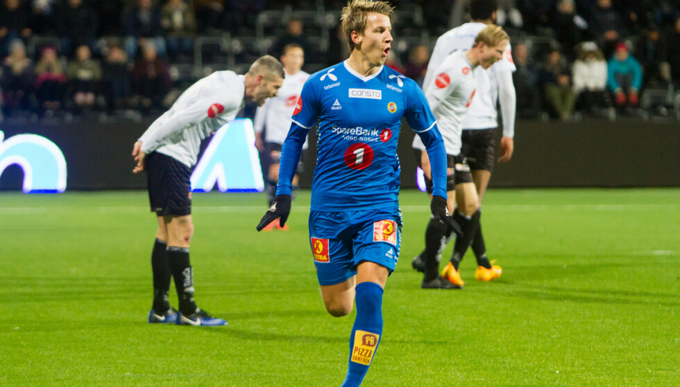 SCORING: Thomas Lehne Olsen jublet, men Sogndal-spillerne deppet etter 1-0 målet til Tromsø. Foto: Christian Blom / NTB scanpix