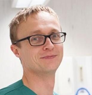 TAR IMOT PÅ HAUKELAND: Ragnvald Ljones Brekke leder Haukelands team av spesialister på avansert brannskadebehandling. Foto: PRIVAT