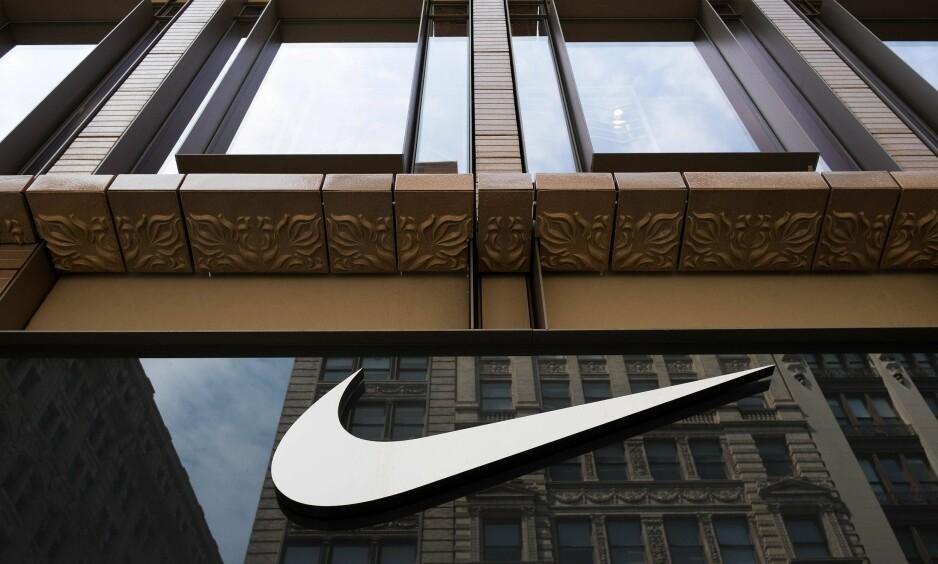 UNNDRO SKATT: Den nye avsløringen Paradise Papers viser at Nike (bildet) og Apple er blant selskapene som har unndratt milliarder i skatt. Foto: Drew Angerer / NTB Scanpix