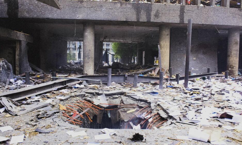 TERROR: Forebygging er billigere enn reparasjon på en rekke områder, også når det gjelder terror, skriver artikkelforfatteren. Bomben i regjeringskvartalet 22. juli 2011 har så langt kostet samfunnet nesten 5,8 milliarder kroner. Foto: Lars Eivind Bones / Dagbladet