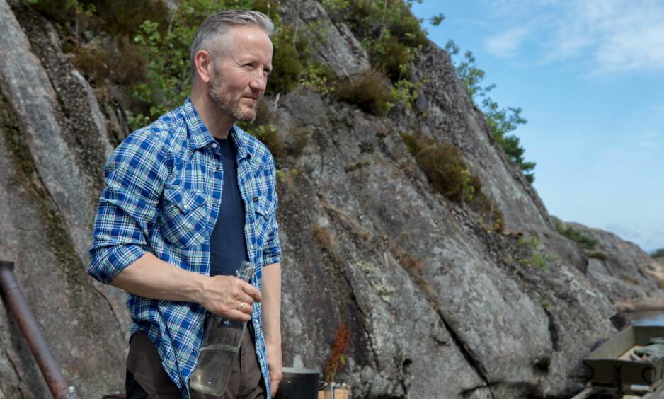 STORT ENGASJEMENT: «Farmen»-deltakeren Geir Magne Haukås legger merke til at tv-seerne mener mye om ham. Det var han forberedt på. Her fra tv-gården utenfor Arendal. Foto: Alex Iversen / TV 2