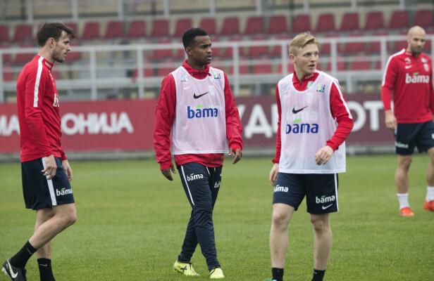 I AKSJON: Ola Kamara (i midten) flankert av Håvard Nordtveit og Mats Møller Dæhli på dagens trening. Foto: Terje Bendiksby / NTB scanpix