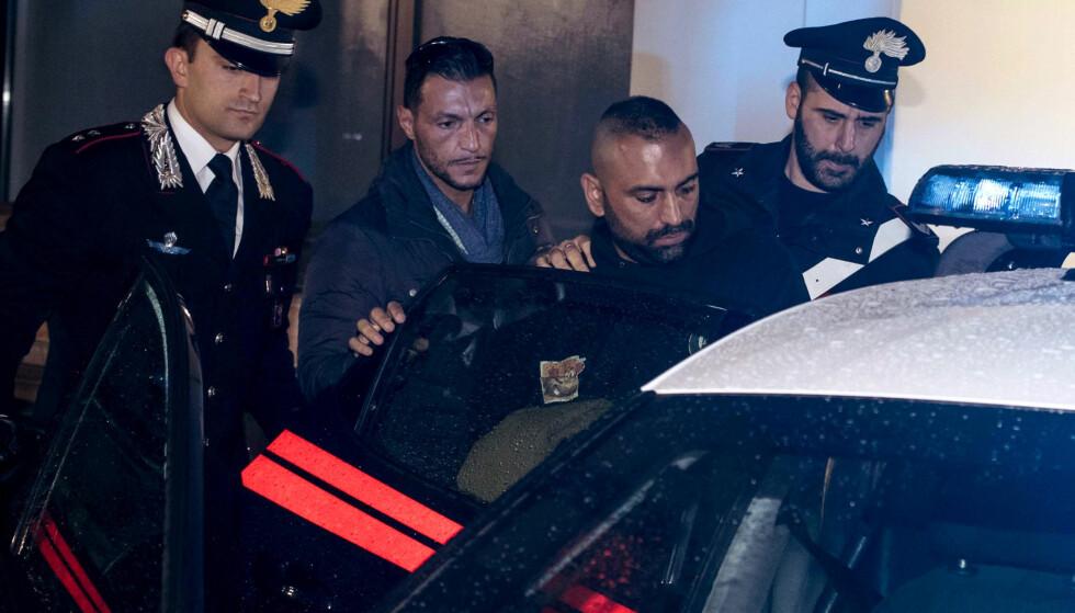 PÅGREPET: Roberto Spada, andre til høyer,, ble pågrepet av politiet etter volden mot tv-teamet fra den statseide kanalen RAI i Italia. Han skal ha blitt arrestert i hjemmet sitt. Foto: AP / NTB Scanpix