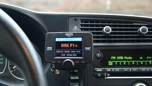 DAB I BIL: Enkelt DAB-adapter til bil.
