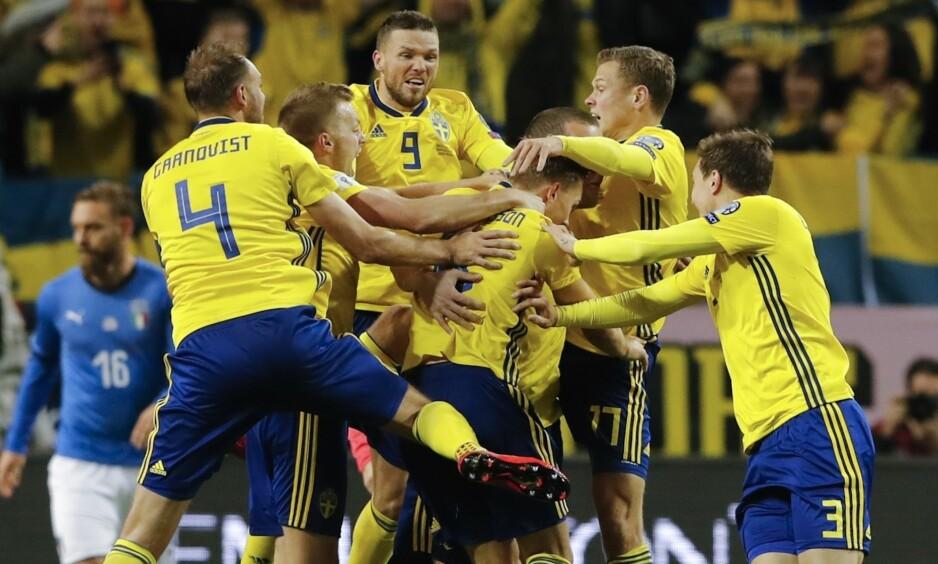 GODT UTGANGSPUNKT: Jakob Johansson brukte bare tre minutter på å score som innbytter. Det var hans første mål for Sverige. Foto: Frank Augstein / AP / NTB Scanpix
