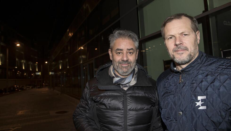 TV-DUO: Kjetil Rekdal (til høyre) og makker Kenneth Fredheim hadde ikke mye å juble over da Norge møtte Makedonia lørdag. Foto: Terje Bendiksby / NTB scanpix