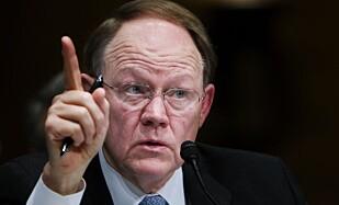 BEKYMRET: Tidligere NSA-direktør og nasjonal etterretningssjef Mike McConnell. foto: Manuel Balce Ceneta / AP / NTB Scanpix