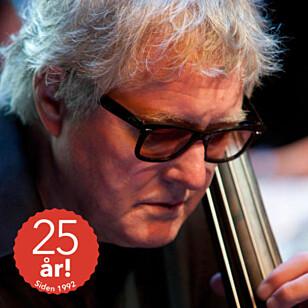 ARILD ANDERSEN er blant de mange musikerne som feirer at Cosmopolite fyller 25 år.