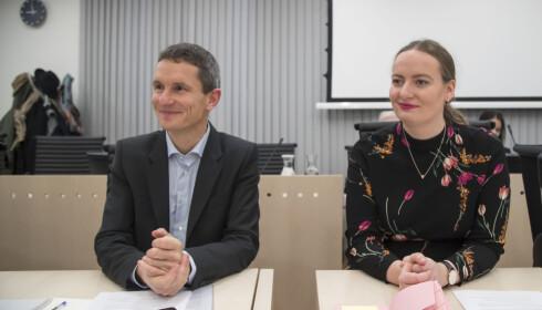 Truls Gulowsen, leder i Greenpeace Norge, og Ingrid Skjoldvær, leder i Natur og Ungdom, i Oslo tingrett tirsdag. Foto: Heiko Junge / NTB scanpix