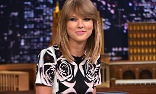 OVERRASKET: Taylor Swift har gjestet «The Tonight Show» flere ganger, men overrasket med en opptreden i går. Foto: NTB Scanpix.