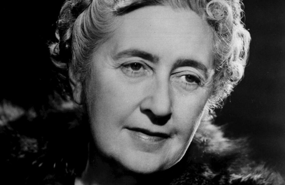 HOVEDPERSON I KRIMBOK: Agatha Christie fortalte aldri hva som skjedde da hun forsvant i ti dager i 1926 og over 15 000 frivillige lette etter henne. I romanen «A talent for murder» har forfatter Andrew Wilson spunnet videre på hendelsen og laget sin egen versjon av historien. FOTO: NTB Scanpix