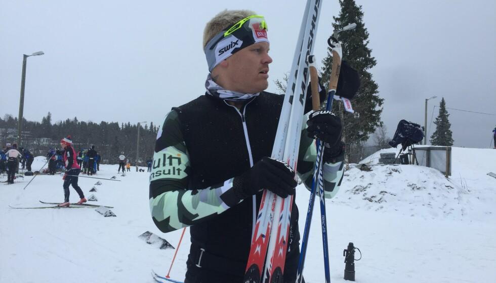 PÅ PLASS: John Arne Riise fikk endelig ski på beina på Beitostølen torsdag. Han satser på langløp. Foto: John Rasmussen/Dagbladet