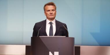 Oljefondet Norges Bank Mener Oljefondet Ikke Bor Eie Aksjer I Selskaper Som Utvinner Olje Og Gass