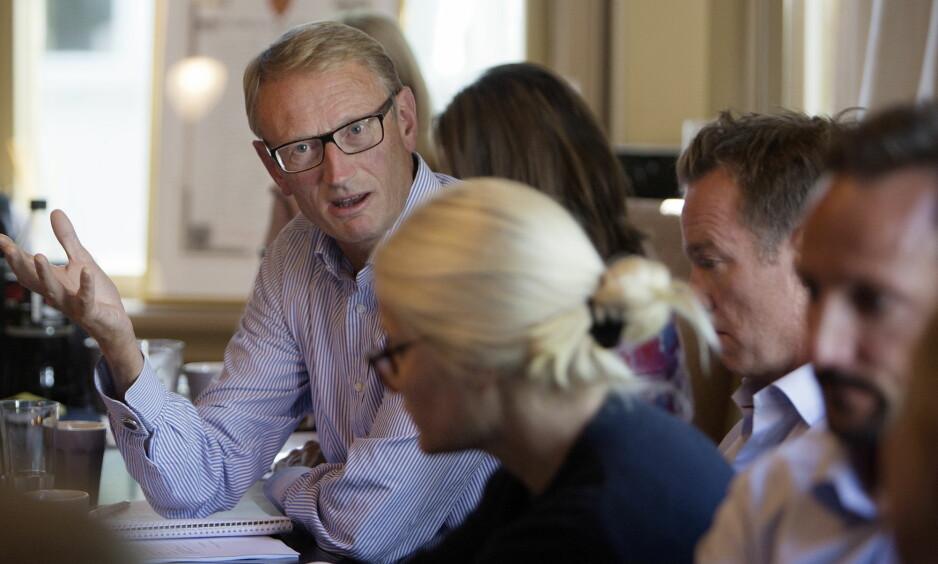 ÅPENHET PÅ DAGSORDEN: Styreleder Odd Christopher Hansen i Kronprinsparets fond, sammen med kronprinsesse Mette-Marit. Foto: Agnete Brun / Dagbladet
