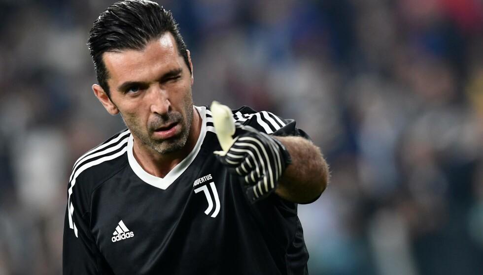 FARSFIGUR: Gianluigi Buffon. Foto: AFP PHOTO / Miguel MEDINA / NTB Scanpix