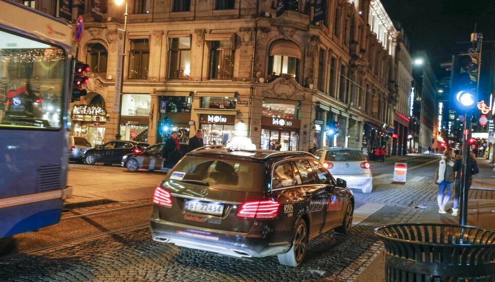 DYRT: Taxiprisene i Oslo økte med 104 prosent bare i perioden 2007 til 2014. Foto: Terje Bendiksby / NTB scanpix