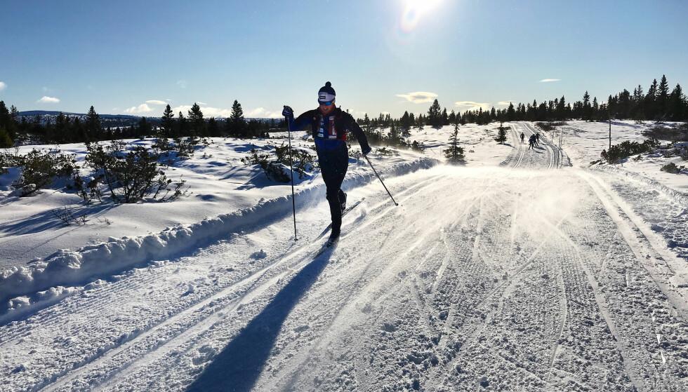 TRIKKESPOR: Flere steder i fjell-Norge er det allerede ypperlig skiføre. Som her på Sjusjøen. Foto: Mårten Soleng Skinstad