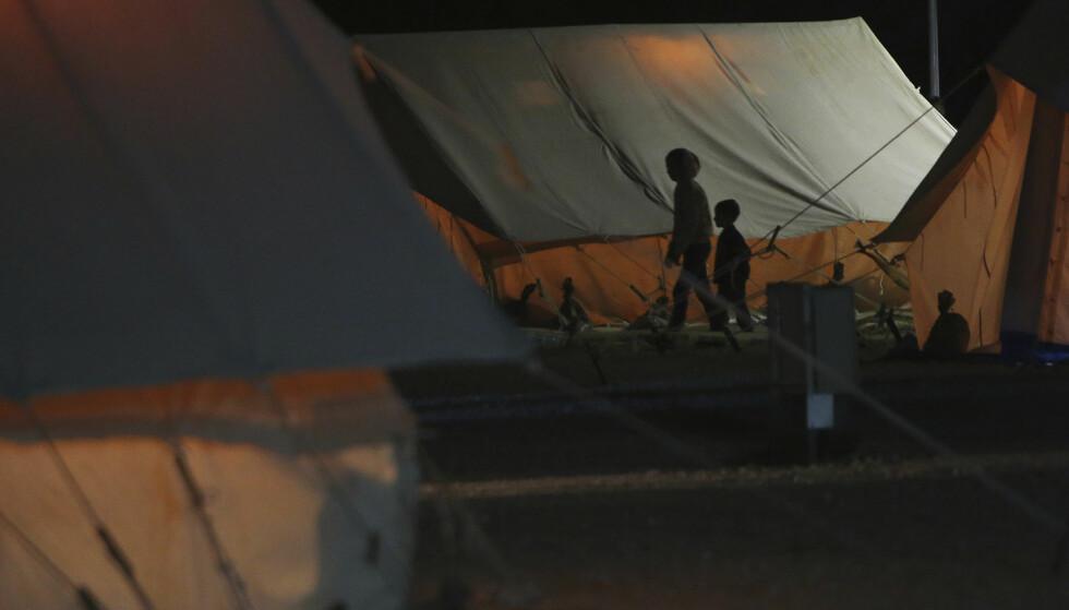 FARLIG FLUKT: Flyktninger er et hett tema i ungdomslitteraturen. Bildet er fra en flyktningleir på Kypros. Foto: NTB SCANPIX