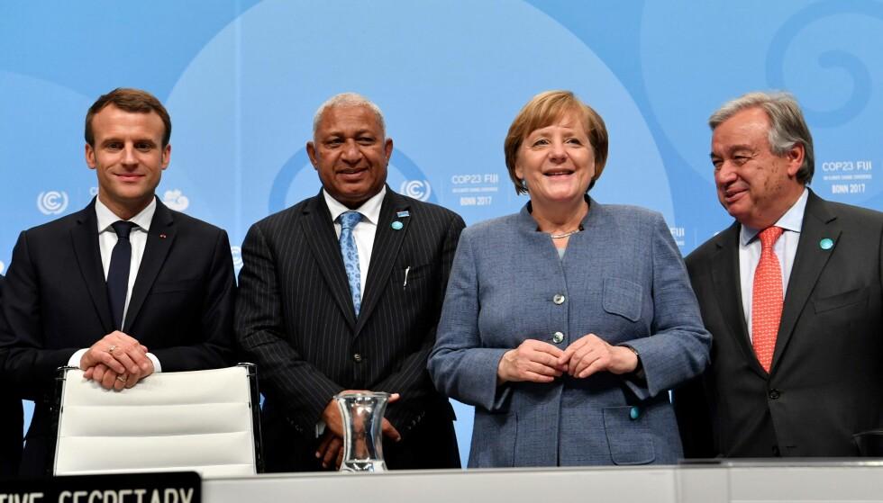 Klimatoppmøtet i Bonn: Frankrikes president Emmanuel Macron, Fijis statsminister Frank Bainimarama, Tysklands regjeringssjef Angela Merkel og FNs generalsekretær Antonio Guterres deltar alle på klimatoppmøtet i Bonn denne uka. Foto: AFP PHOTO / John MACDOUGALL