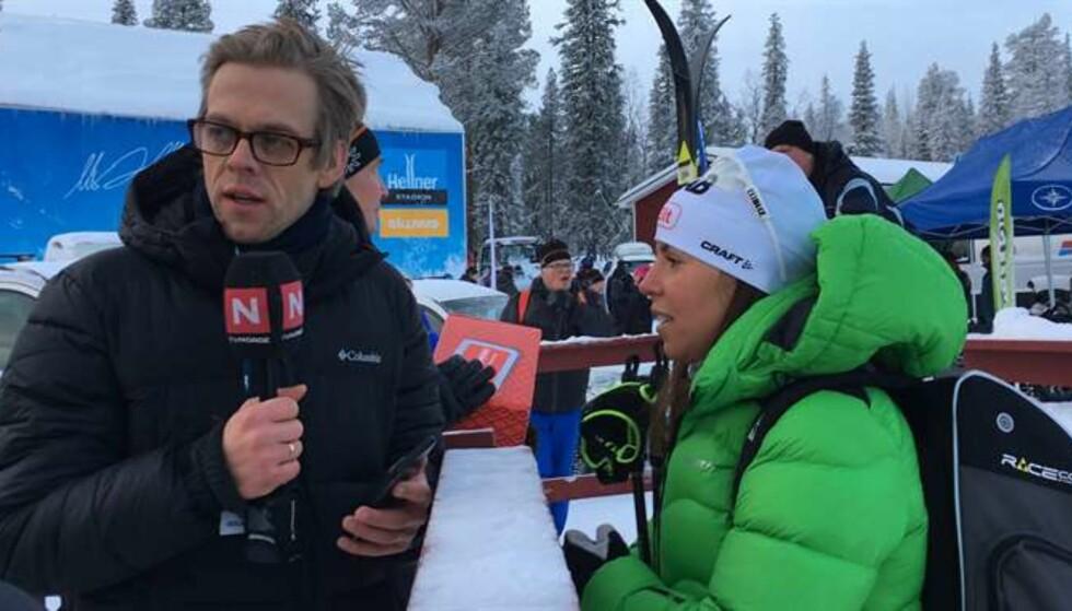 LURT: Charlotte Kalla trodde dette skulle bli et helt vanlig intervju. Det ble det ikke, takket være TVNorges Calle Hellevang-Larsen. Foto: Ludvig Holmberg / Expressen