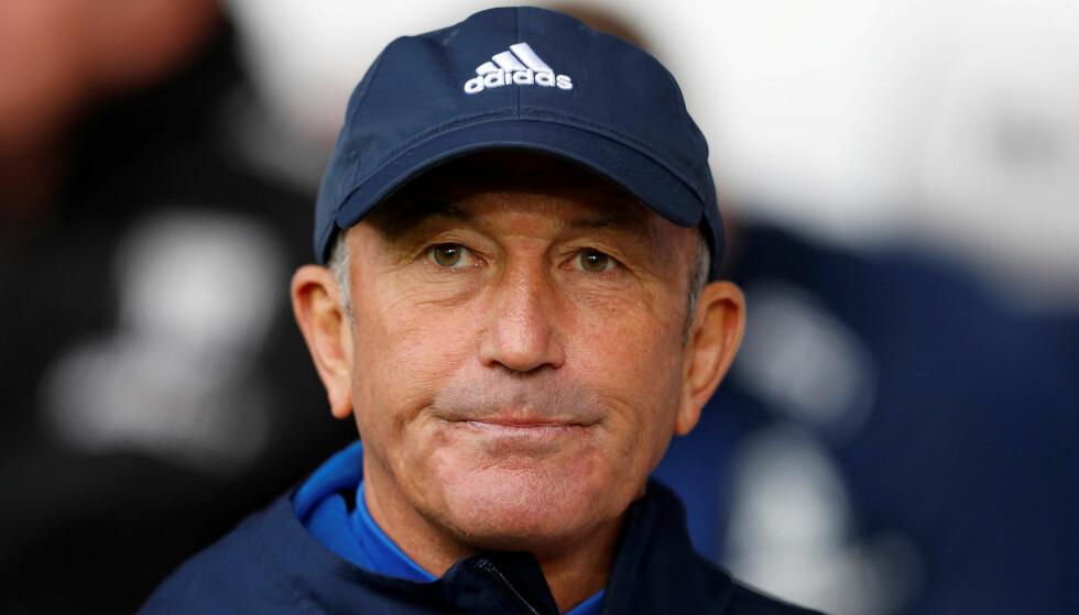 SPARKET: Tony Pulis er ferdig som manager i West Bromwich. Klubbledelsen fikk nok etter lørdagens 0-4-tap hjemme mot Chelsea. Foto: NTB Scanpix