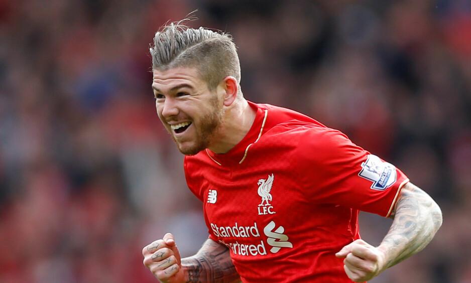 HAR SLÅTT TILBAKE: Alberto Moreno er fast på venstrebacken til Liverpool denne sesongen. Det var det få som hadde spådd. Foto: Reuters / Carl Recine / Livepic / NTB Scanpix