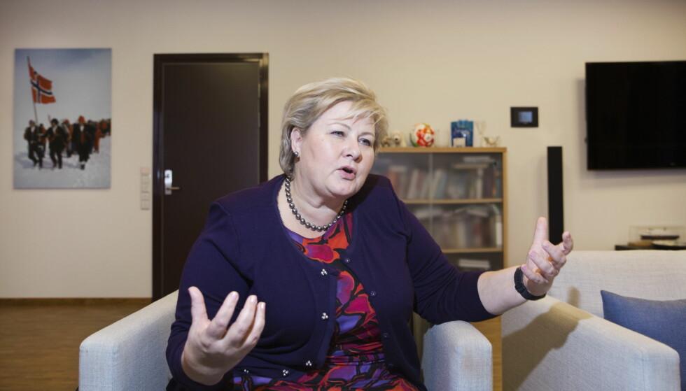 OPPGJØR: Statsminister Erna Solberg forteller om egne ubehagelige opplevelser. Foto: Henning Lillegård