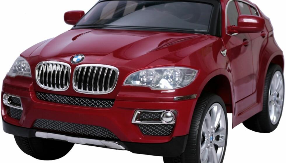 Råtøff elektrisk BMW med MP3-spiller og revers for barn rundt 3 år.