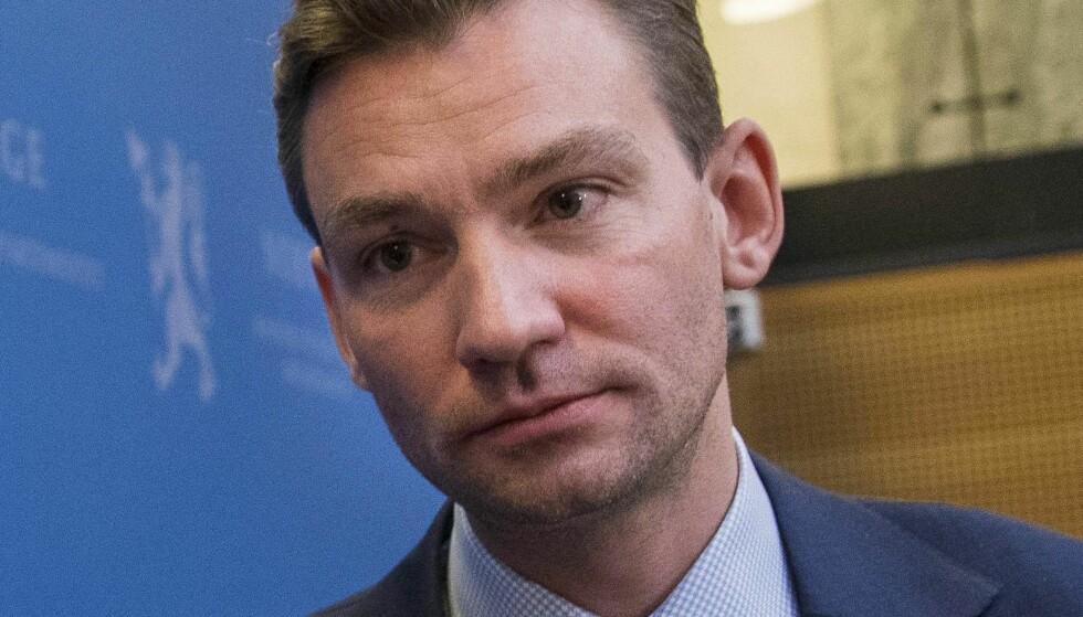 MOT LÆRERNORM: Kunnskapsminister Henrik Asheim (H)