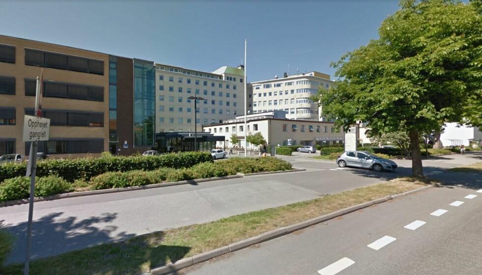 PENDLER-TILLEGG: Fylkesnemnda har lagt fram tre forslag som skal kompensere for at ansatte i administrasjonen i Aust-Agder fylkeskommune i Arendal får Kristiansand (bildet) som arbeidssted. Mellom de to arbeidsstedene er det ca. 65 kilometer. Foto: Google street view