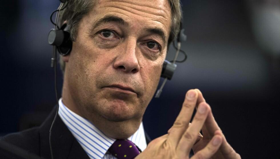 FOLK REAGERER: Tidligere leder for Independence Party (UKIP) Nigel Farages utspill om innvandring i Sverige skaper reaksjoner. Foto: AFP PHOTO / PATRICK HERTZOG