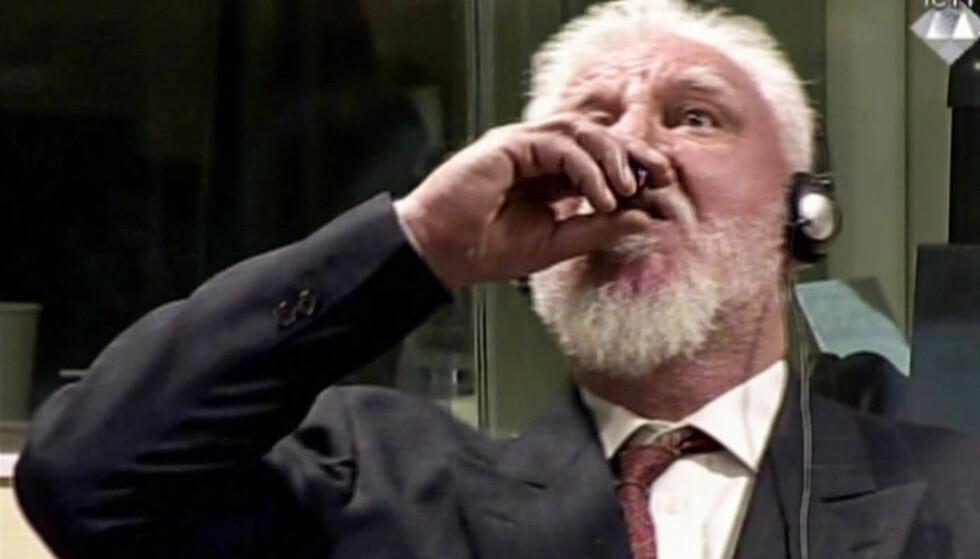 DRAKK CYANID: Den bosnisk-kroatiske krigsforbryteren Slobodan Praljak. Foto: AFP PHOTO / International Criminal Tribunal for the former Yugoslavia AND AFP PHOTO / NTB Scanpix