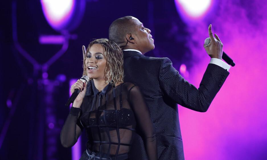 DELER HISTORIEN: Jay Z forteller i et nytt intervju at det er sannhet i ryktene som kona Beyoncé sang om på «Lemonade»-albumet. Han har vært utro. Foto: NTB scanpix
