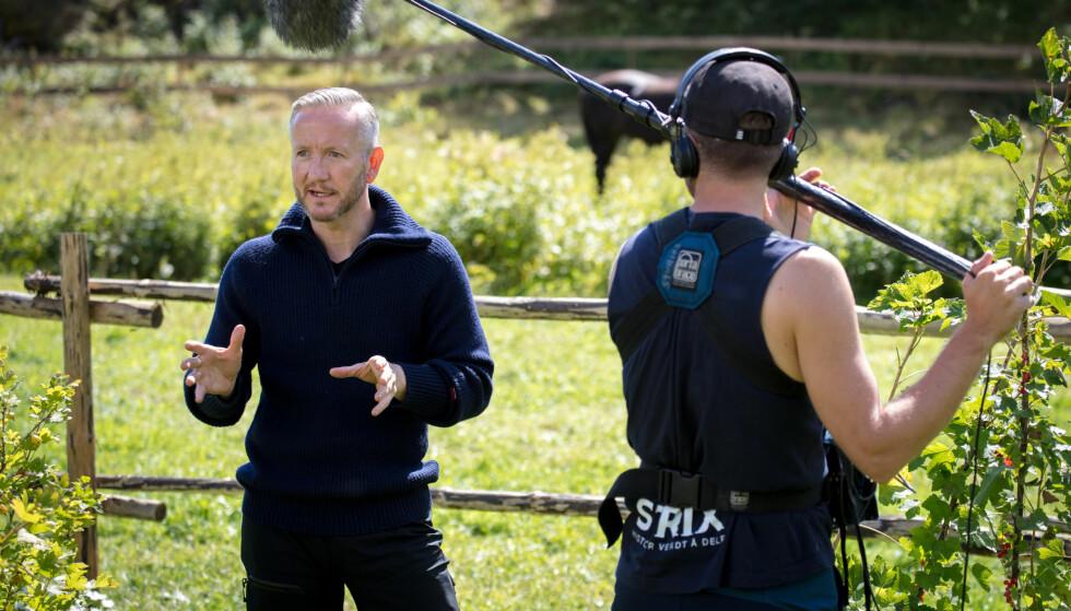 MÅTTE AVKREFTE: Nordlendingen Geir Magne Haukås (47) har tidligere avvist at han var noen andre enn seg selv på tv-gården. Haukås tror hans noe originale væremåte har skylda for regi-påstandene. Foto: Alex Iversen / TV 2