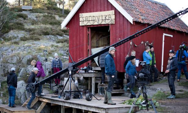 GODT BEMANNET: Mellom 40 og 50 produksjonsmedarbeidere hadde «Farmen» som arbeidsplass mellom juli og oktober. Foto: Alex Iversen / TV 2