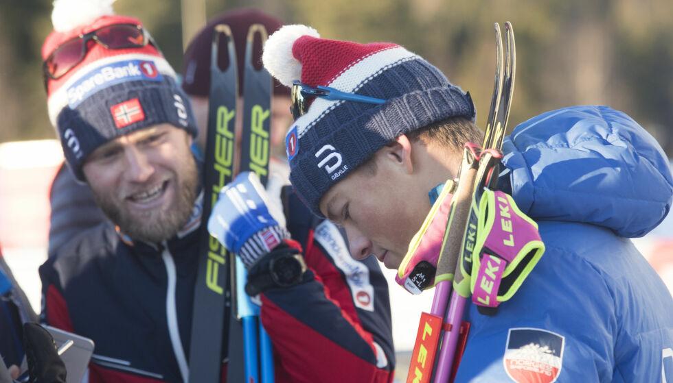ISOLERT: Martin Johnsrud Sundby (til venstre) ble bare slått av Johannes Høsflot Klæbo i Lillehammer søndag. Nå er Sundby blitt syk. Foto: Terje Bendiksby / NTB scanpix.