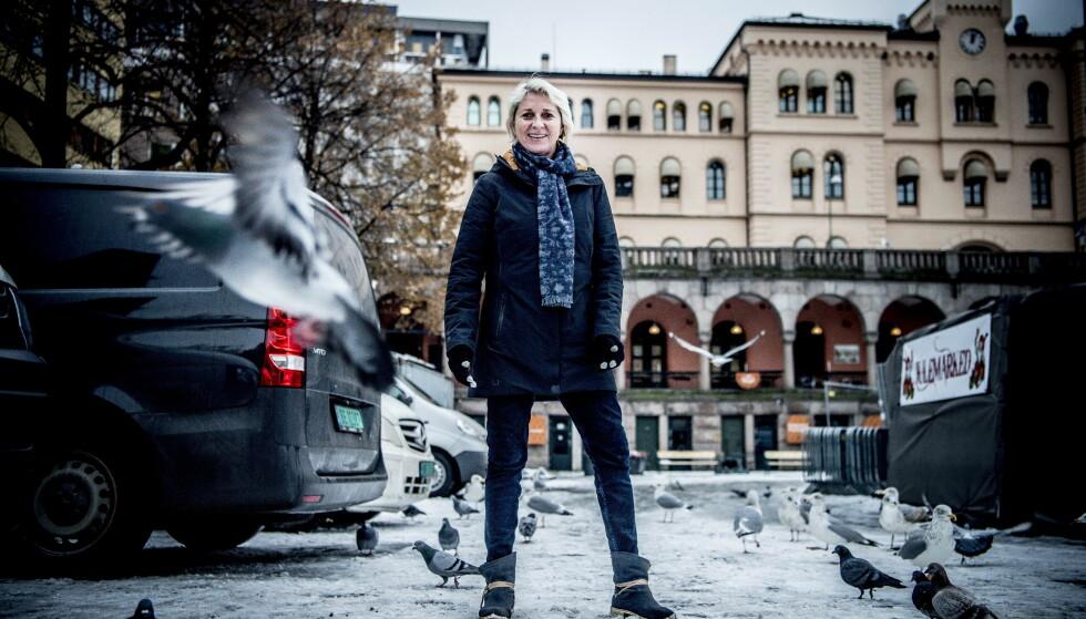 SAVN ETTER SPENNING: I femten år, fra 1994-2008, var Marit blant verdens beste håndballtrenere.  - Jeg kan ta meg i å savne spillerne og spenningen. Men jeg er med innimellom på landslagstreninger, det synes jeg er veldig fint. Foto: Thomas Rasmus Skaug