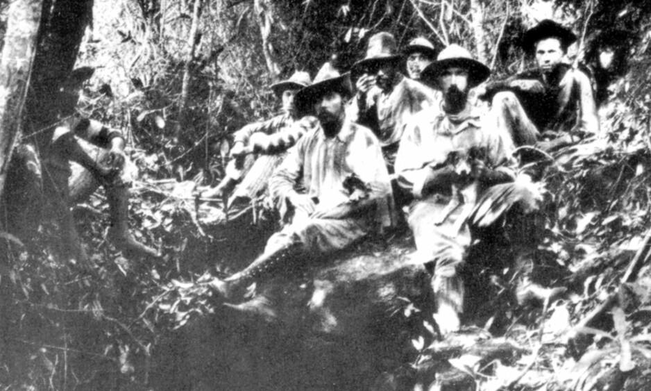 BORTE FOR ALLTID: I 1925 forsvant Percy Fawcett (sittende i midten) sporløst i Amazonasjungelen på jakt etter den mystiske byen «Z». Foto: Library of Congress