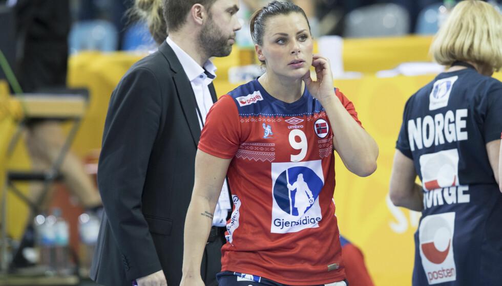 TOPPSCORER: Nora Mørk banket inn ni mål, men uten at det hjalp til norsk poeng mot Sverige i kveld. Foto: Vidar Ruud / NTB scanpix