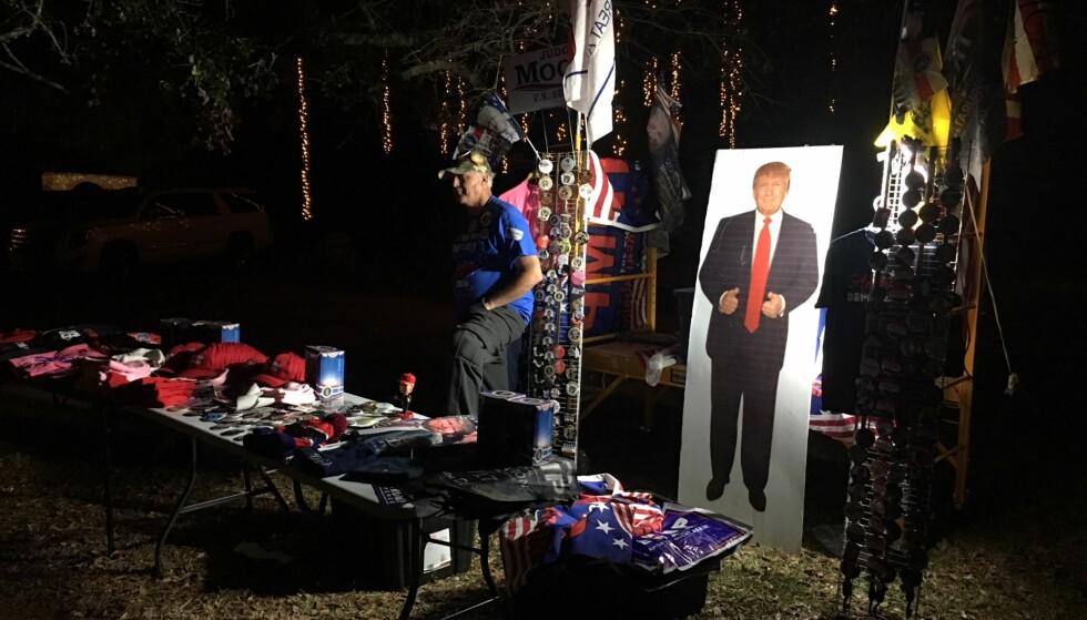 HELTEN: USAs president Donald Trump er populær blant Roy Moores tilhengere i Alabama. Foto: Vegard Kristiansen Kvaale / Dagbladet
