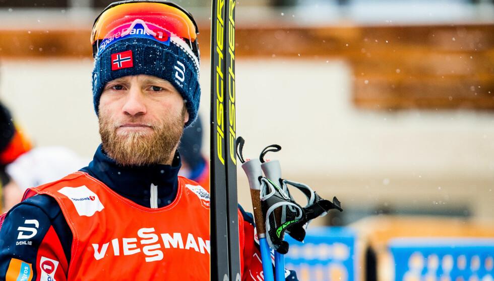 BETENKT: Martin Johnsrud Sundby, her etter søndagens 15-kilometer i Davos, må ha bedre svar fra kroppen i Toblach kommende helg. Hvis ikke må kroppen sjekkes grundig av legen. Foto: Jon Olav Nesvold / Bildbyrån
